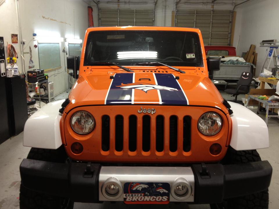 Broncos Jeep Wrap