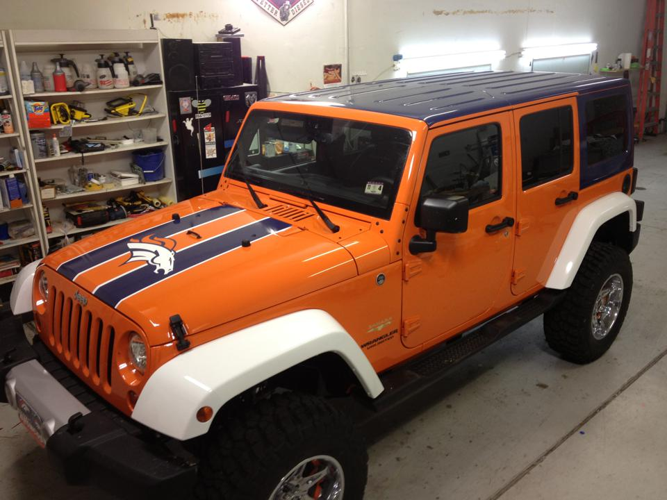Broncos Jeep Wrap above view